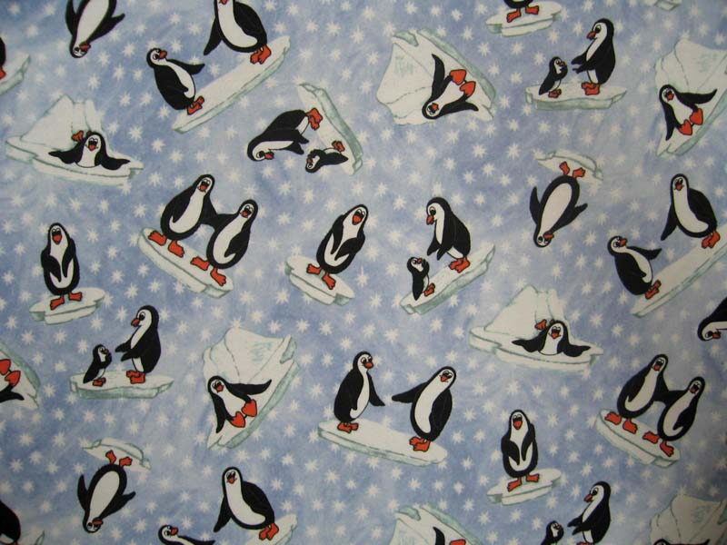 Pack N Play (Large) - Frosty Penguins - Fitted